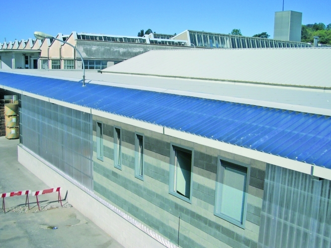 akralux-onda-presvetlenie-strechy
